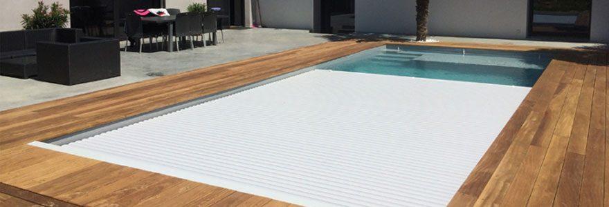 Pourquoi choisir un volet de piscine immergé?