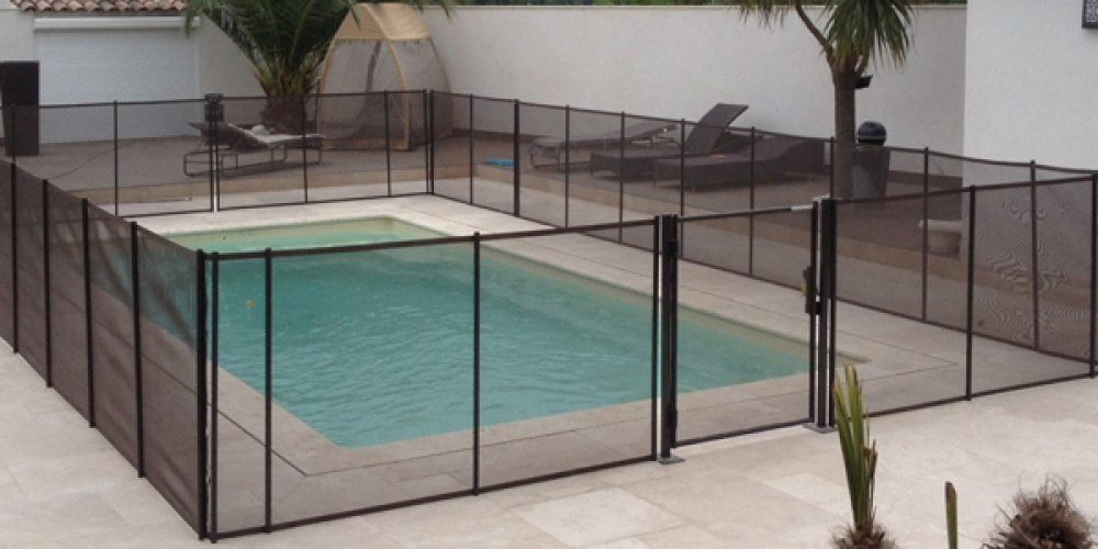 Sécuriser sa piscine et la protéger en choisissant le bon modèle de protection