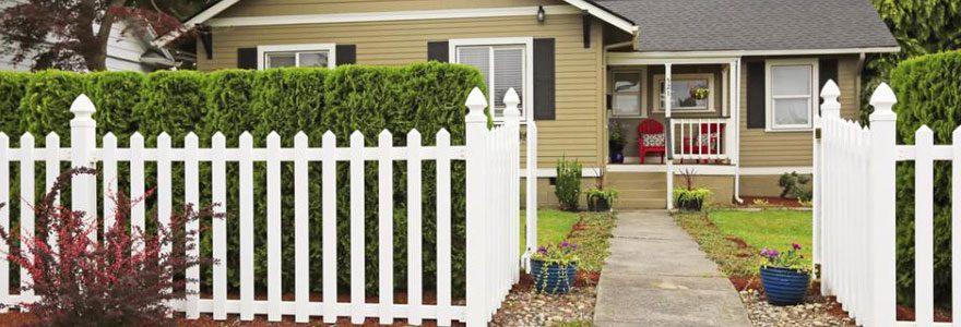 Quels sont les critères importants pour choisir une clôture extérieure