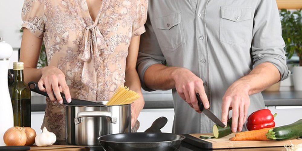 Quels sont les ustensiles de cuisine indispensables pour cuisiner comme un chef ?